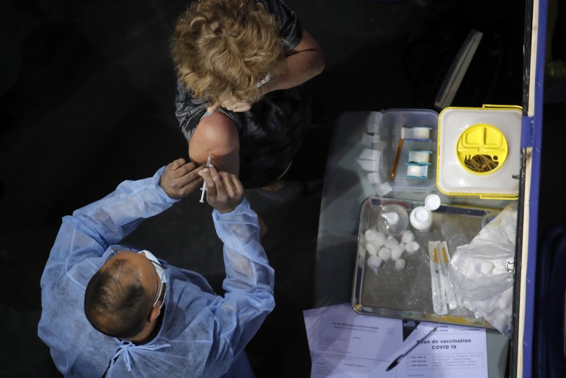 Välismaa suunamudijad saavad pakkumisi Pfizerit mustata