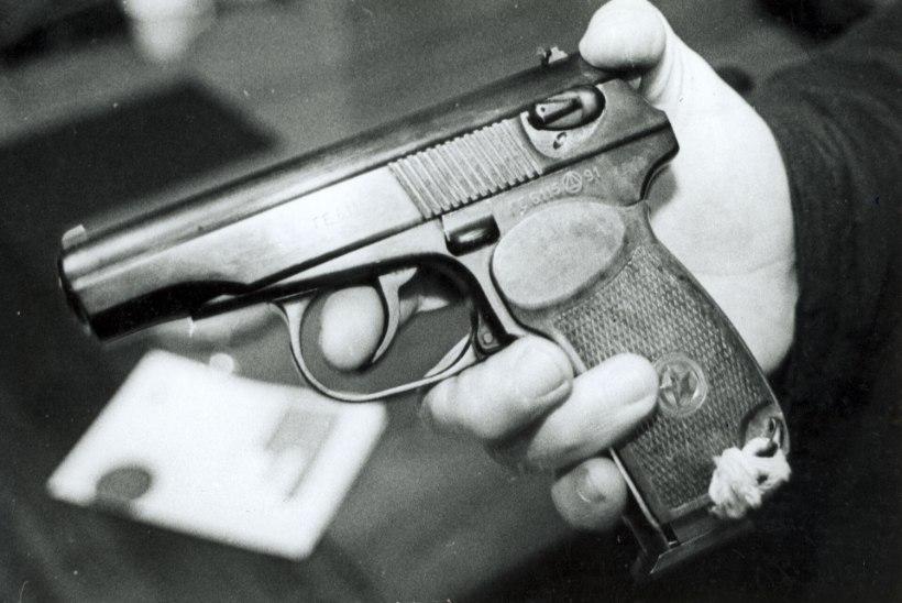 Tõnis Erilaiu lehesaba | Kuidas puhkes skandaal 15 000 püstoli ümber