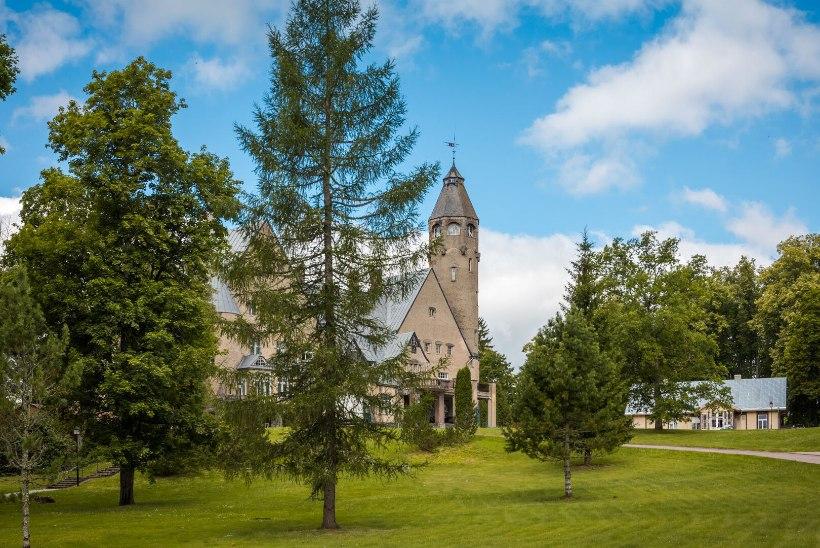 Veeda oma puhkus kaunil Valgamaal ning külasta unikaalset Wagenkülli lossispaad!