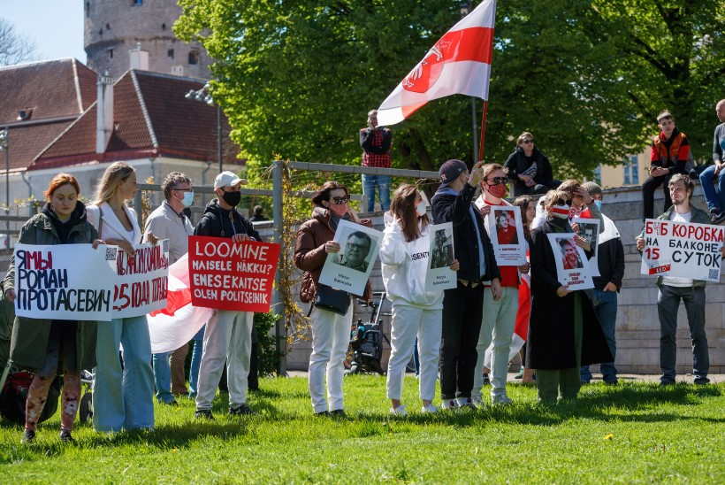 GALERII | Valgevenet toetades: protestil kiruti president Lukašenkat ja tema valitsust