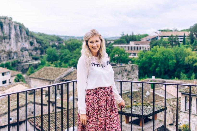 Prantsusmaal elav blogija Britt: meie peres aitab laste eesti keelt hoida innustav prantslasest abikaasa