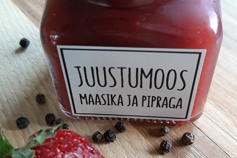 ESIMESED HOIDISED   Juustumoos maasika, tšilli ja musta pipraga