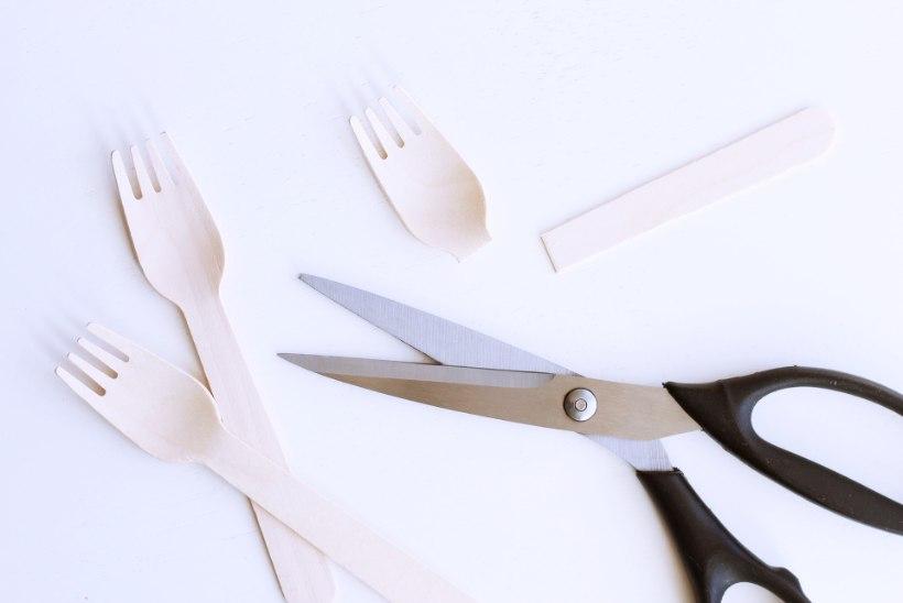 RAHVUSVAHELINE ŠOKOLAADIJÄÄTISE PÄEV | Valmista alla tunni koduste vahenditega eriti magusa glasuuriga pulgajäätised