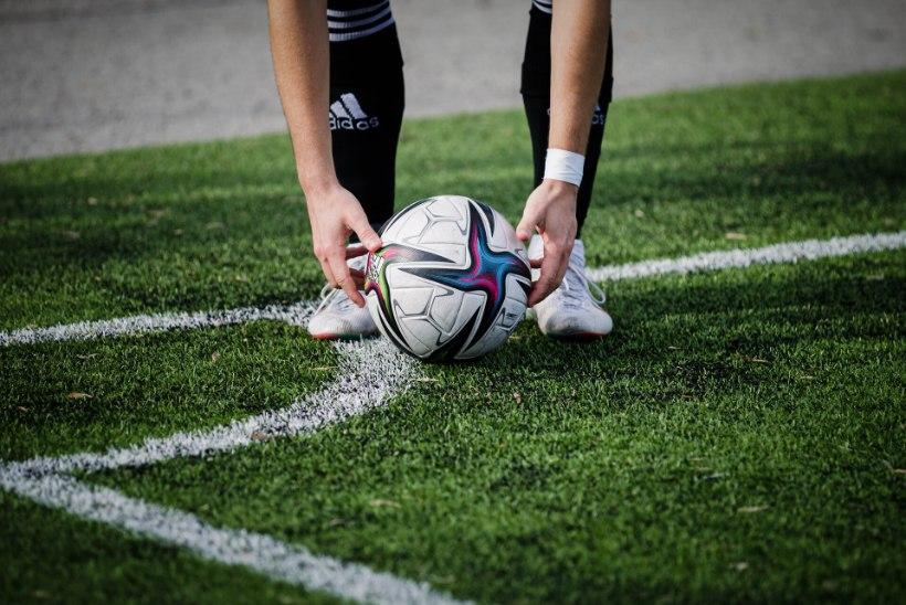 Juhtkiri | Jalgpalli-EM kui ohutusmeetmete tuleproov