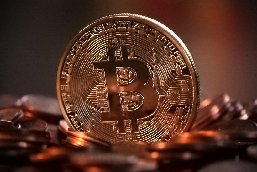 KRÜPTORAHA PEALETUNG: esimene riik võttis ametlikuks valuutaks Bitcoini ning eestlased investeerivad julgelt digirahasse