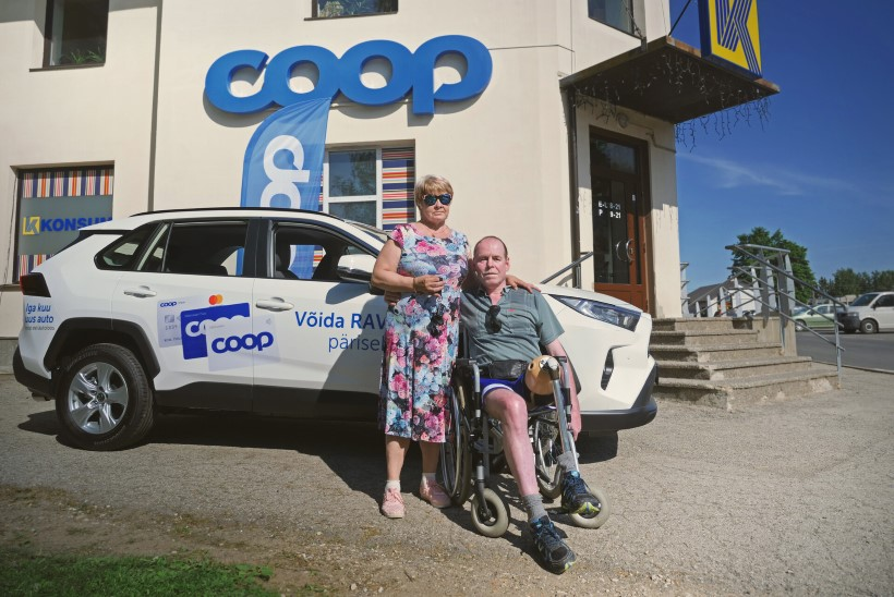 Coopi autoloosi võitja: nüüd on mul motivatsioon 61-aastasena juhilube tegema minna!