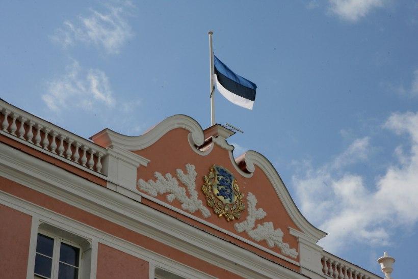 Esmaspäeval heisatakse Eesti lipud leinalipuna