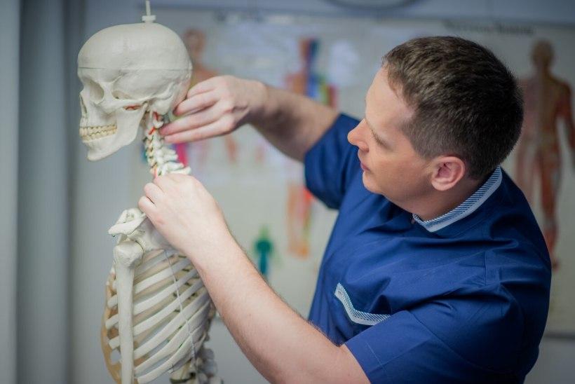 Kiropraktik annab nõu: kuidas ennetada skolioosi