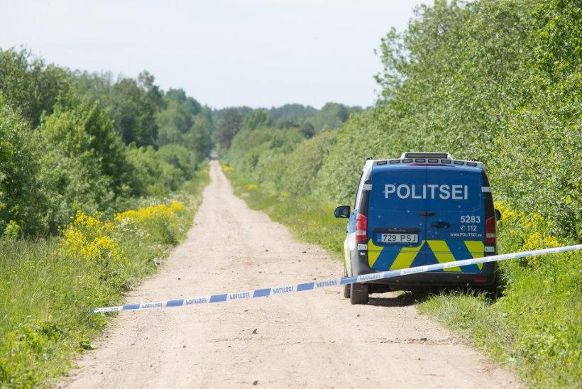 Politsei eest põõsasse põgenenud juhiloata juht pandi aresti