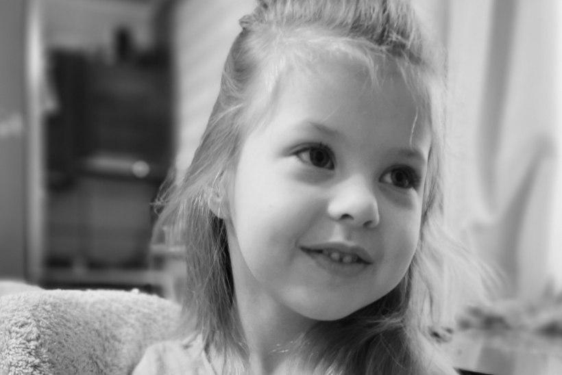 SÜDAMLIK TÄNU ANNETAJATELE! Haruldase geenihaigusega Gertu-Liina saab kallist ravi, mille mõju on juba näha!