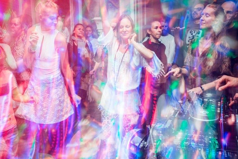 Ekstaatilisel tantsul jääb tegemata palju rumalusi, mida tihti just purjuspäi tehakse ja pärast ei jõuta ära kahetseda