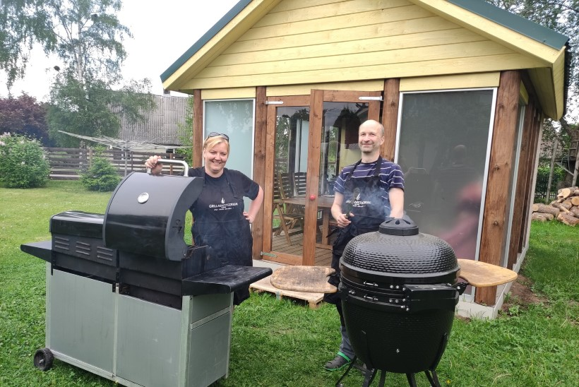 Tõhus nipp, kuidas grill hõlpsalt puhtaks saada + testime poevahendeid