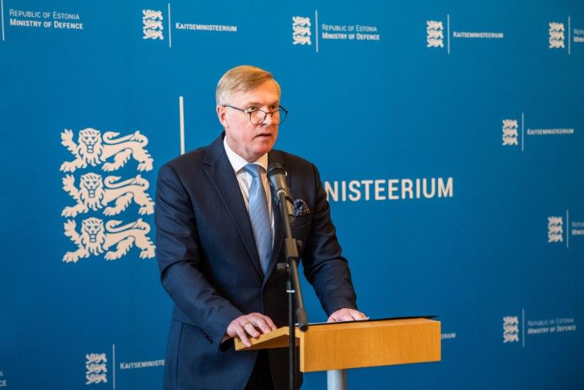 Isamaa: koondamiste tõttu väärib kaitseminister Kalle Laanet umbusaldamist