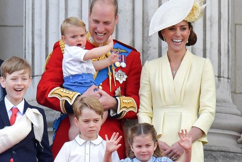 VIDEO   Prints George ja printsess Charlotte tegid koos isaga üllatava etteaste