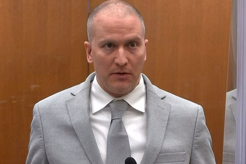 Politseinik Derek Chauvin mõisteti George Floydi tapmise eest 22 ja pooleks aastaks vangi