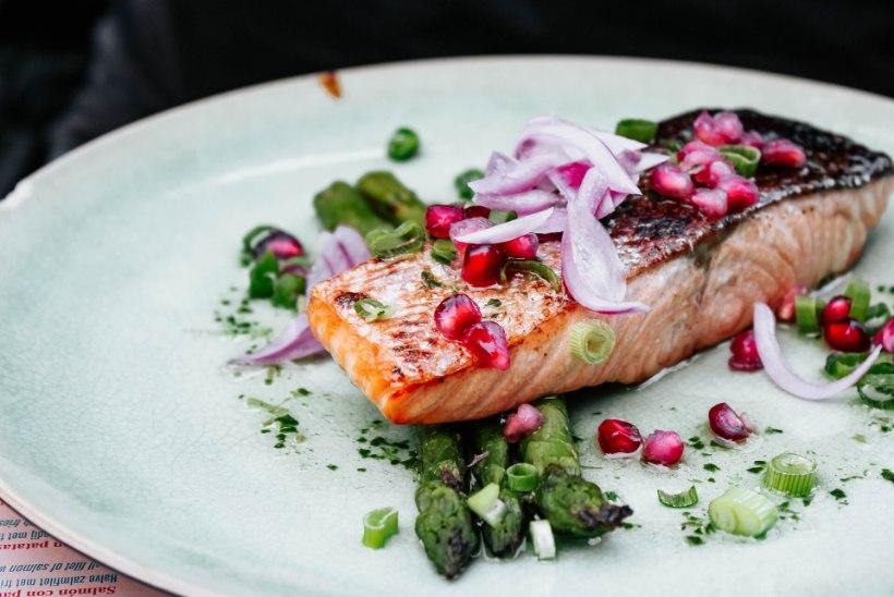 EVELIN ILVESE KOKAKOOL   Imeline viis kuidas kala grillida