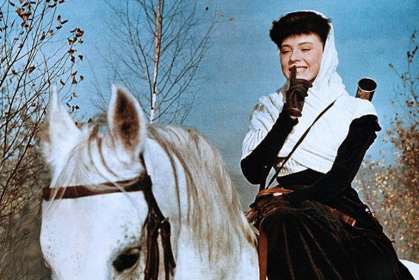 """Filmis """"Sõda ja rahu"""" tähtsaima rolli teinud Ljudmila Saveljeva jäi igavesti Nataša Rostovaks"""