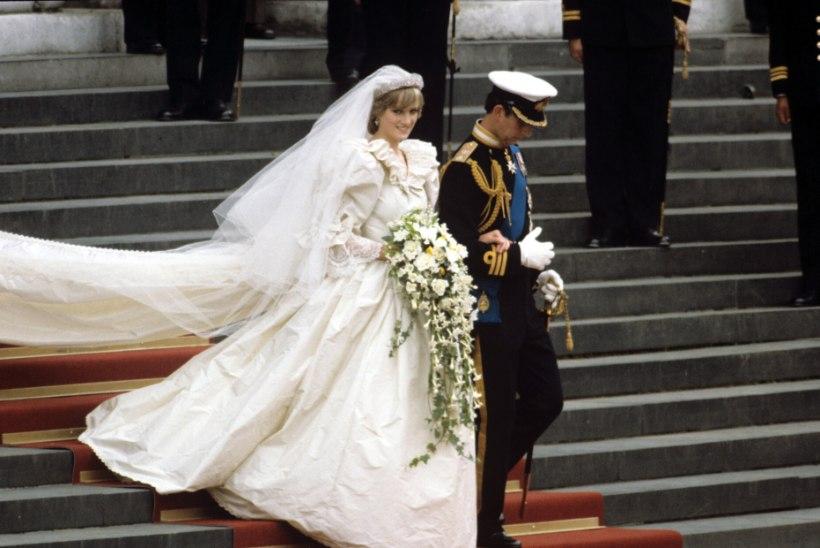 Tänasest saab Londonis näha printsess Diana pruutkleiti
