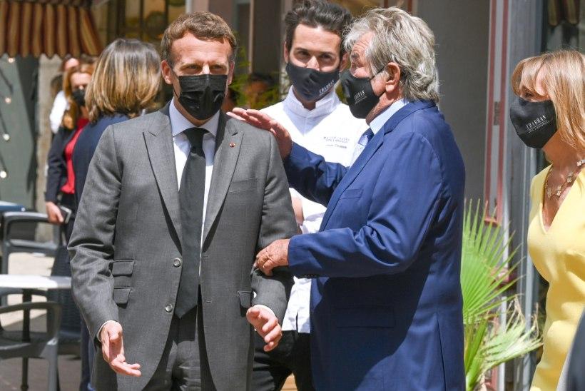 VIDEO | LAKSTI! Macron sai kodanikult kõrvakiilu