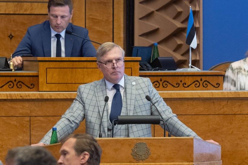 Umbusaldusavaldus kaitseminister Kalle Laaneti suhtes kukkus läbi
