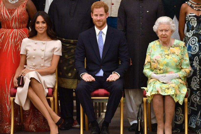 Õukond: Harry ja Meghan ei küsinud tütrele nime pannes kuningannalt luba