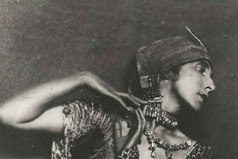 Nurgeline ja müstiline Sent M`Ahesa: tantsijatar täiesti teisest maailmast