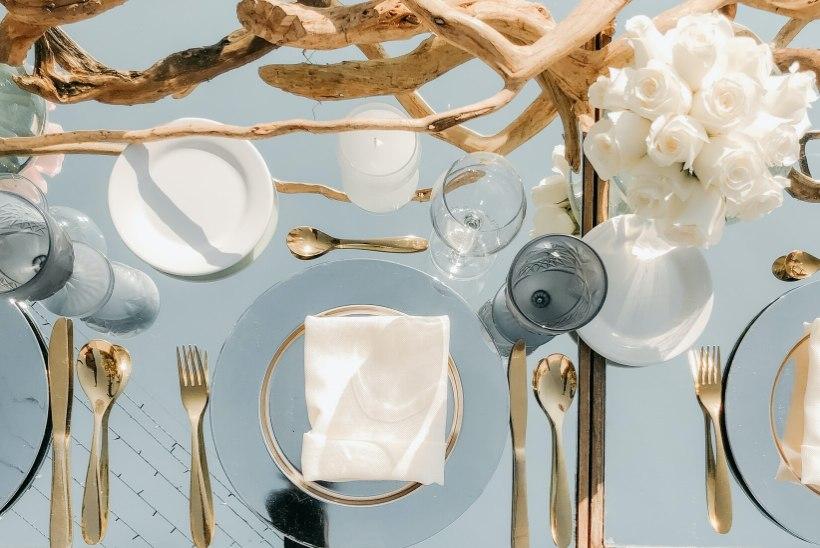 Ilus serviis on peolaua ehe: nõuanded, kuidas valida just õiged sööginõud ja -tarvikud