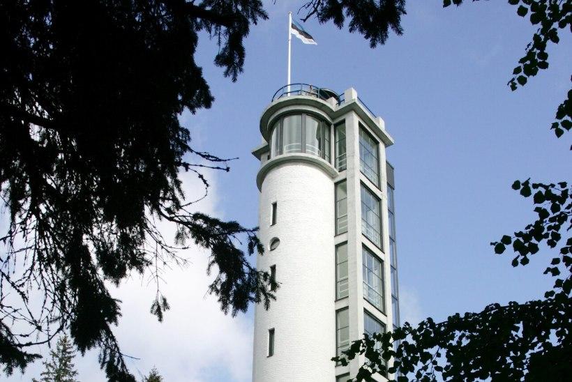 Tõnis Erilaiu lehesaba   Kuidas Munamäe vaatetorn pidulikult avati