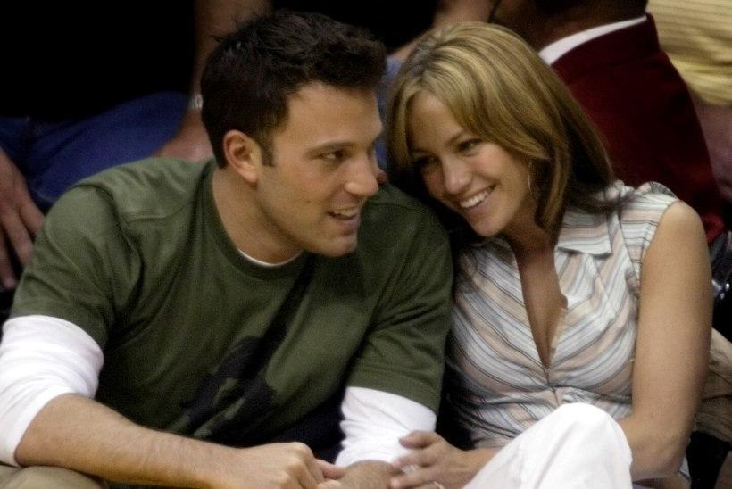 Jennifer Lopez unistab Ben Affleckiga abiellumisest