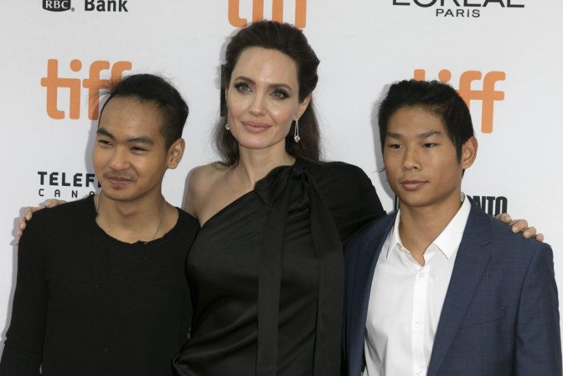 TÕSISED KAHTLUSTUSED: kas Angelina Jolie lapsendamisprotsessi vedanud naine veenis vanemaid võsukesi maha müüma?