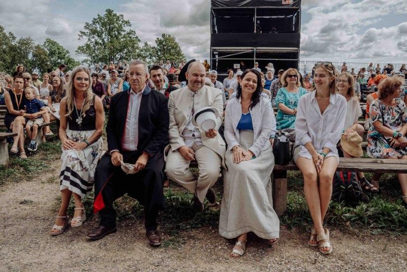 GALERII | Eile algas Viljandi folk, president Ilves nautis pidu abikaasata