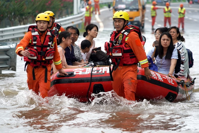 Miljonid hiinlased on jäänud üleujutuste lõksu