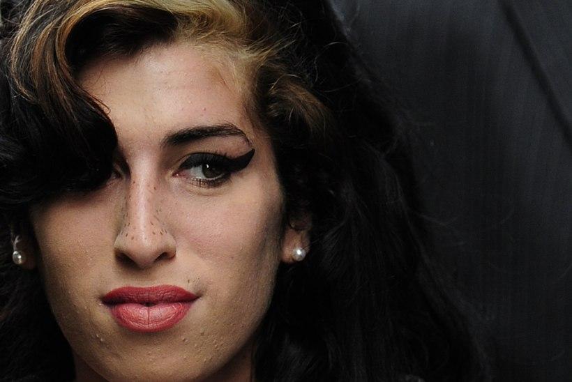 """10 AASTAT SURMAST! Tüdruk, keda Amy Winehouse lapsendada soovis: """"Oleksin suutnud ta päästa!"""""""