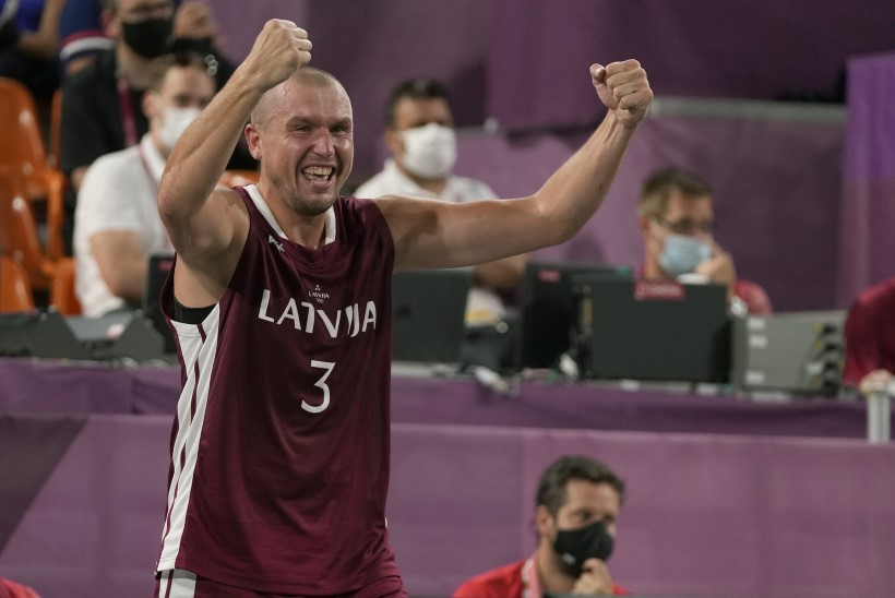 ÕL TOKYOS | VÕIMAS! AJALOOLINE! Lätiga võitis olümpiakulla Valgas karjäärile joone alla tõmmanud mees!