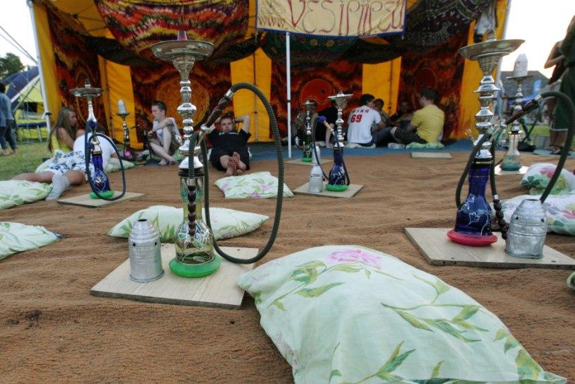Kooliõde: noored kipuvad mokatubaka ja vesipiibu ohtu alahindama