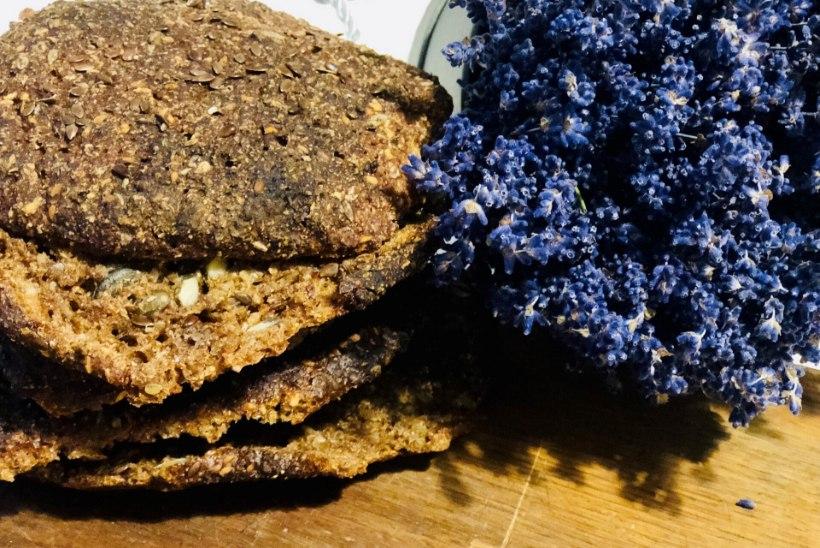 EVELIN ILVESE KOKAKOOL | Krõbedad seemnesed koorikleivad – sellest paremat leiba pole olemas!