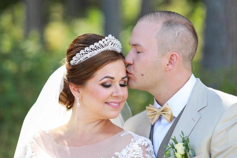 FOTO   Hõissa! Lauljatar Merlyn Uusküla abiellus: ilm on maagiline, tõeline raju reede!
