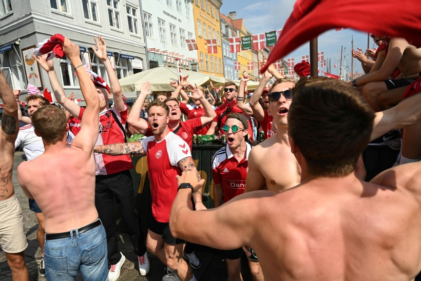 """Eestlase elu keset vägevat jalgpallimöllu: """"Ega taanlased viimasel ajal nädalavahetuseti eriti ei maga!"""""""