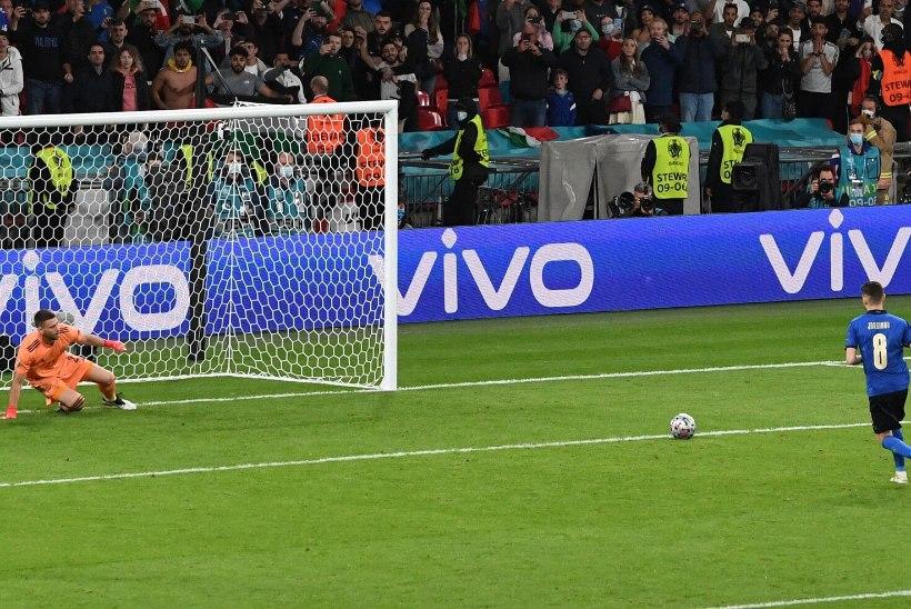 Kas Jorginho kõrgelt hüppelt sooritatud penaltid on geniaalsed või idiootsed? Poom: ta on vaieldamatult üks parimaid lööjaid