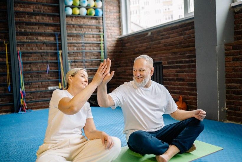 ORTOPEED SELGITAB: kuidas mõjub jõusaalis treenimine eakama inimese luudele?