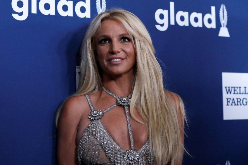 Britney ema ja eestkostja paluvad, et tal lubataks ise advokaat valida