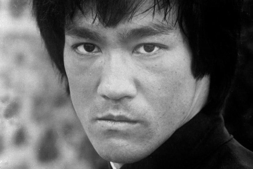 KARM PALJASTUS: Bruce Lee oli salanarkomaan!