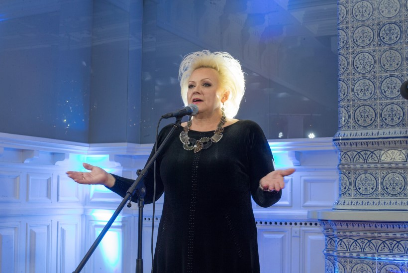 PIIRANGUD LÖÖVAD KULTUURIELU SASSI: Anne Veski kontsert lükkub aasta võrra edasi