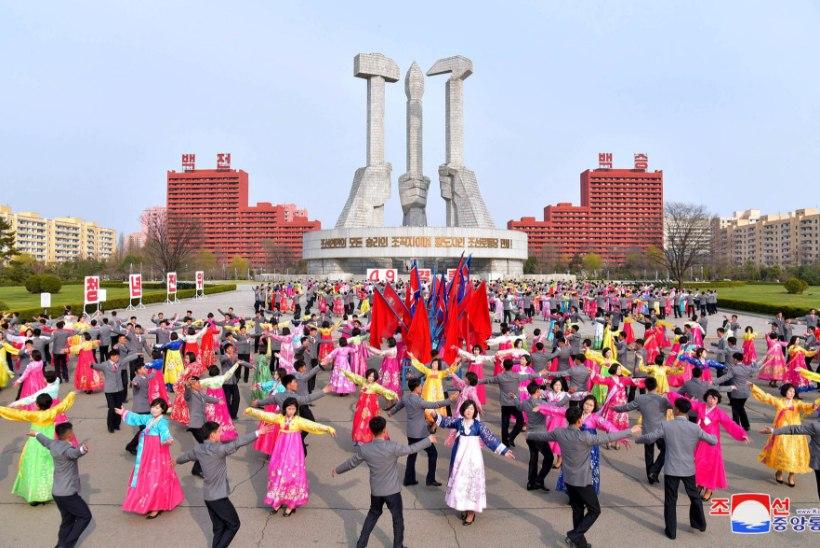 """Põhja-Koreas algasid OMi """"otseülekanded"""": kas vaenlase Lõuna-Korea alistanud Eesti epeenaised võivad tõusta ka põhjakorealaste kangelasteks?"""