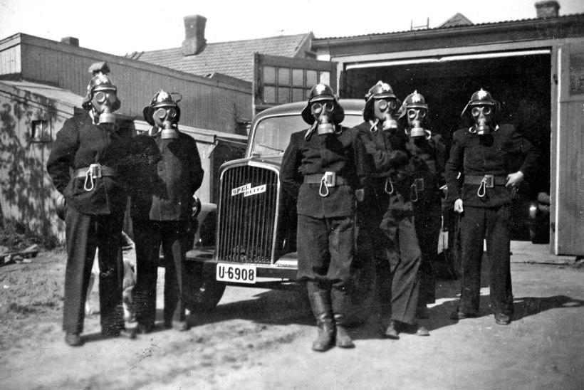 MOBIILSED GAASIKAMBRID: natsid tegid Ida-Euroopas timukatööd spetsiaalsete veoautodega