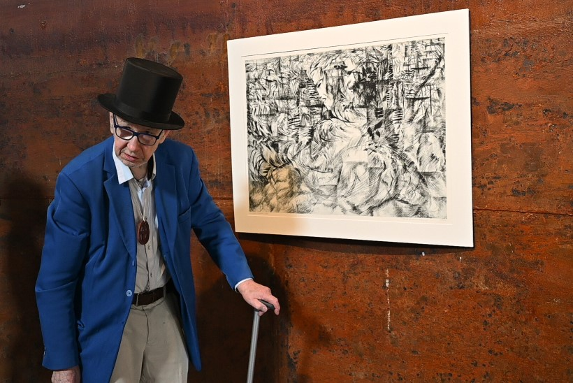 """GALERII   Tõelise kunstnikumüüdi elav kehastus, Tõnis Laanemaa avas Viinistus suurnäituse """"Lõpmatus"""""""