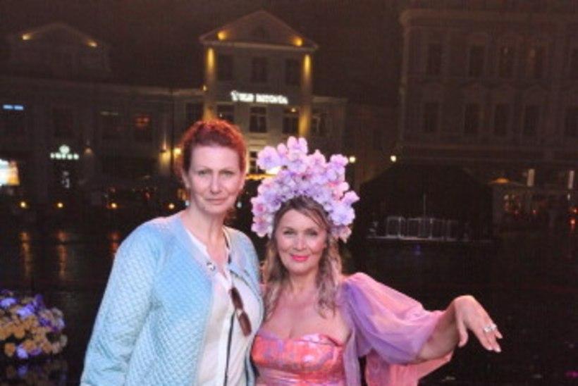 GALERII JA VIDEO   Legendaarne Lilleball lummas publikut suurejooneliste etteastetega