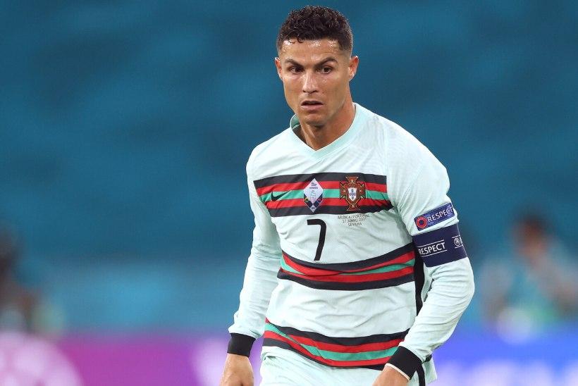 TOHOH! PSG kavatseb meelitada enda juurde ka Ronaldo