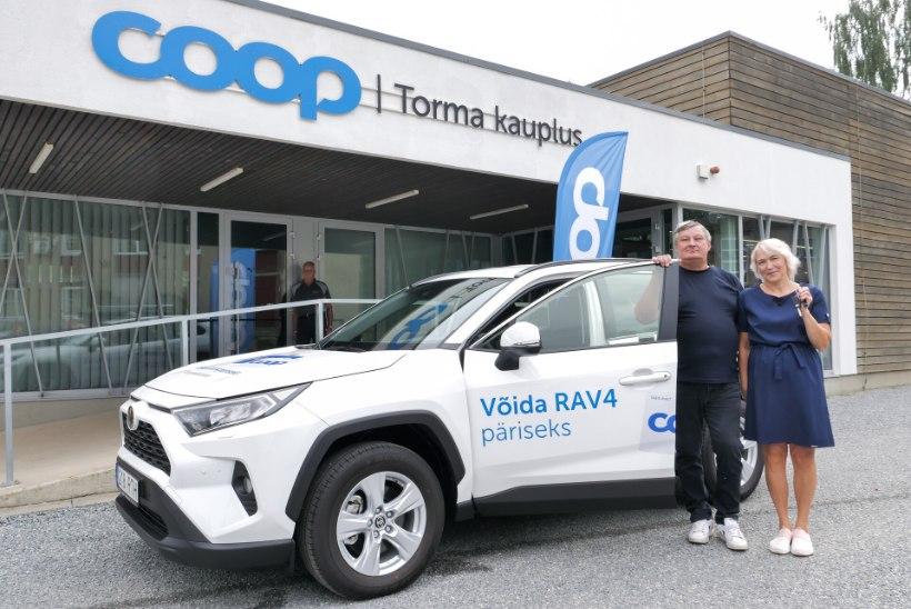 Coopi autoloosi võitja: abikaasa tegi nalja, kuidas ma küll pole veel Toyotat saanud – samal päeval helistati, et võidust teatada!