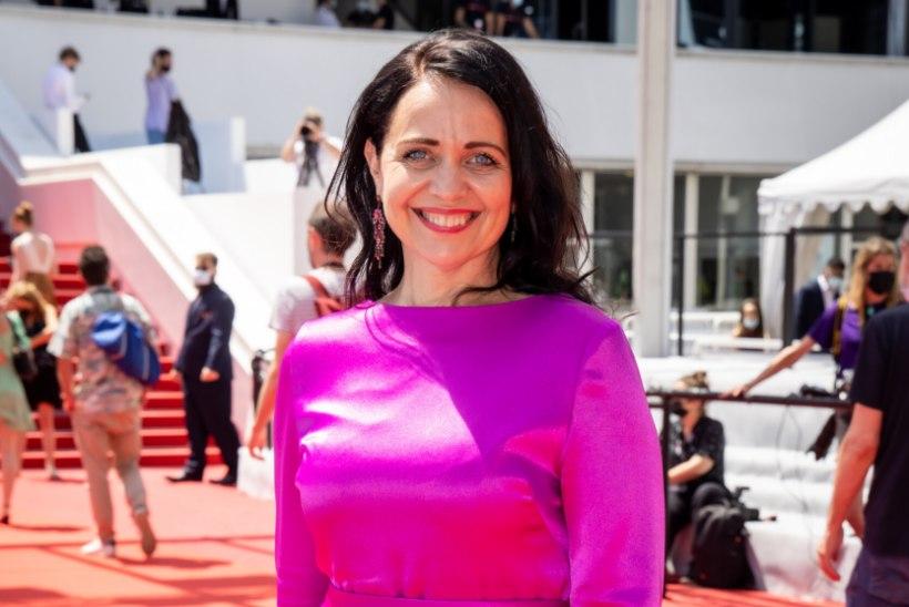 KES MAKSAB: kas kultuuriminister Anneli Ott tasub koroonatestide eest enda või riigi rahakotist?